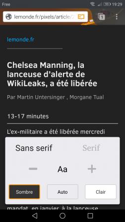 Firefox pour Android en mode lecture réglé sur Sans serif et Sombre