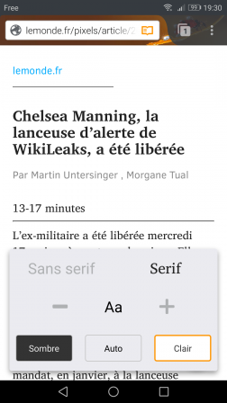 Firefox pour Android en mode lecture réglé sur Serif et Clair