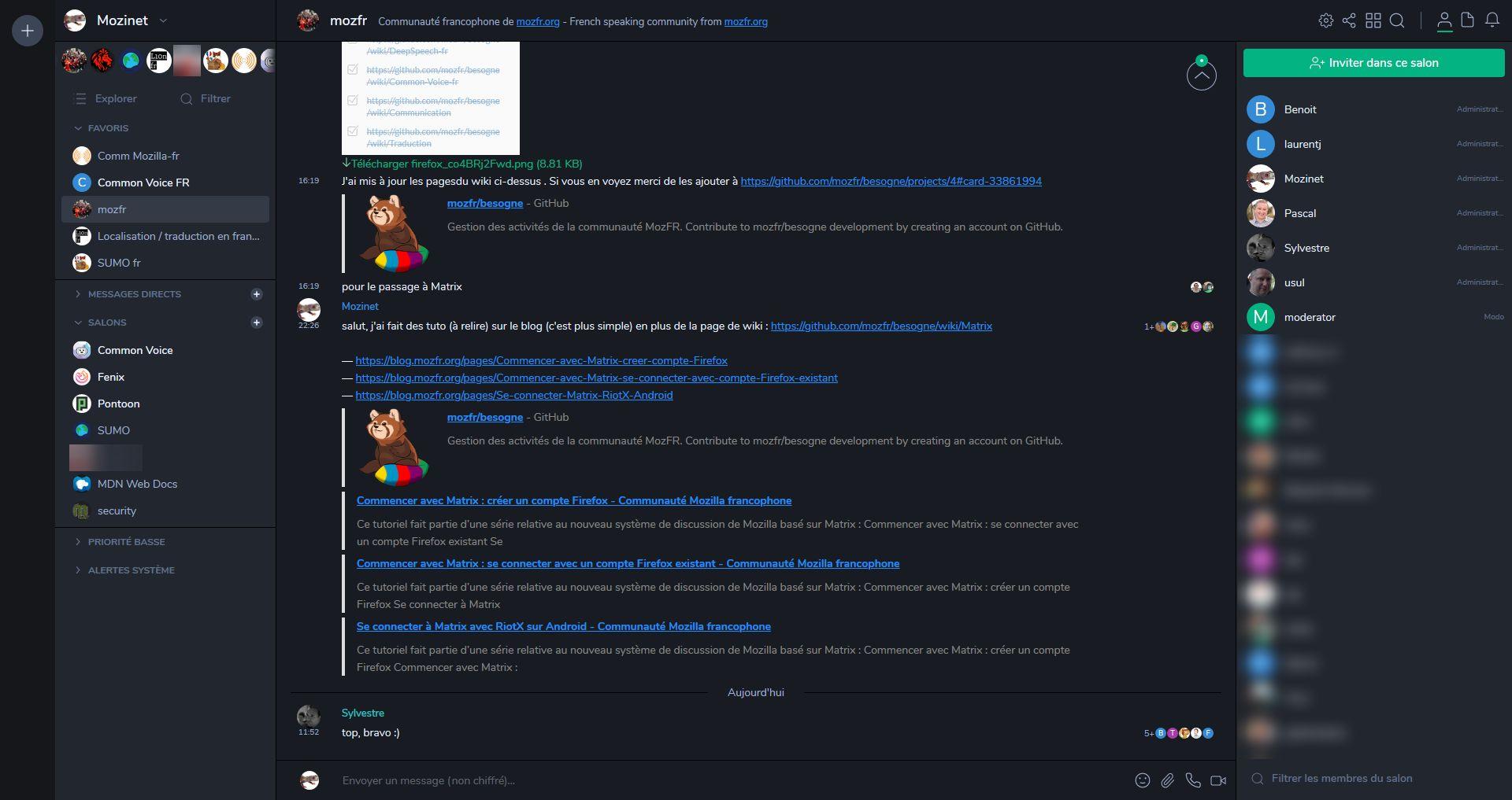 Client web Riot sur le salon mozfr avec le thème sombre